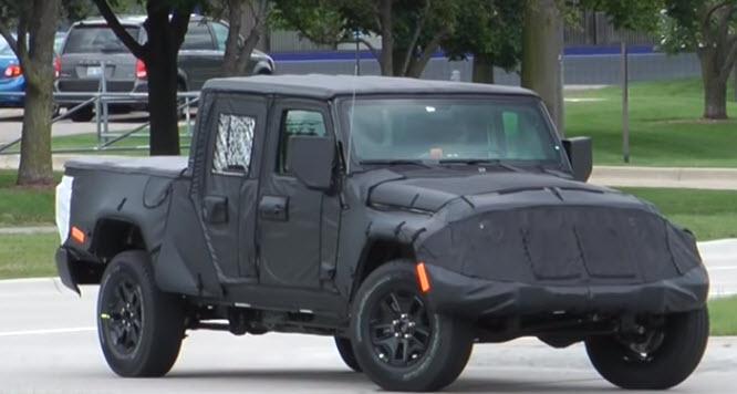 2019 Jeep Scrambler Pickup Camouflage1